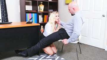 Bailey Brooke in Naughty Office