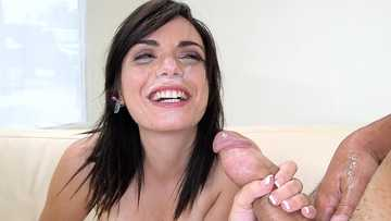 Alexis Blaze: New amateur pussy came by to fuck