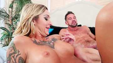 Medium-titted babe with tattoos Kleio Valentien fucks with Johnny Castle