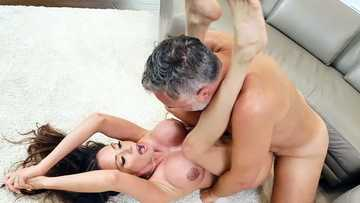 Big-boobied housewife Ariella Ferrera gets fucked well by excited neighbor